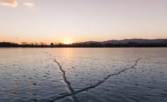 冬の頤和園 昆明湖 中国の風景