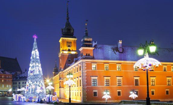 雪のワルシャワ クリスマスの風景