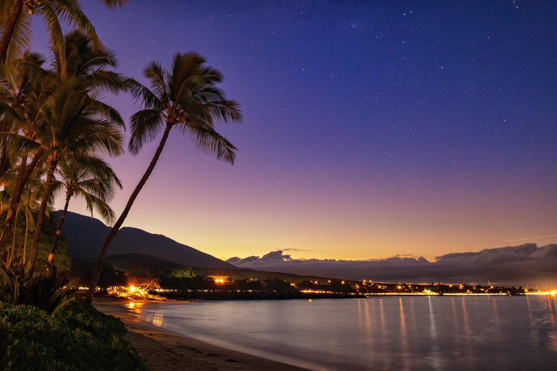 夕暮れのハワイ