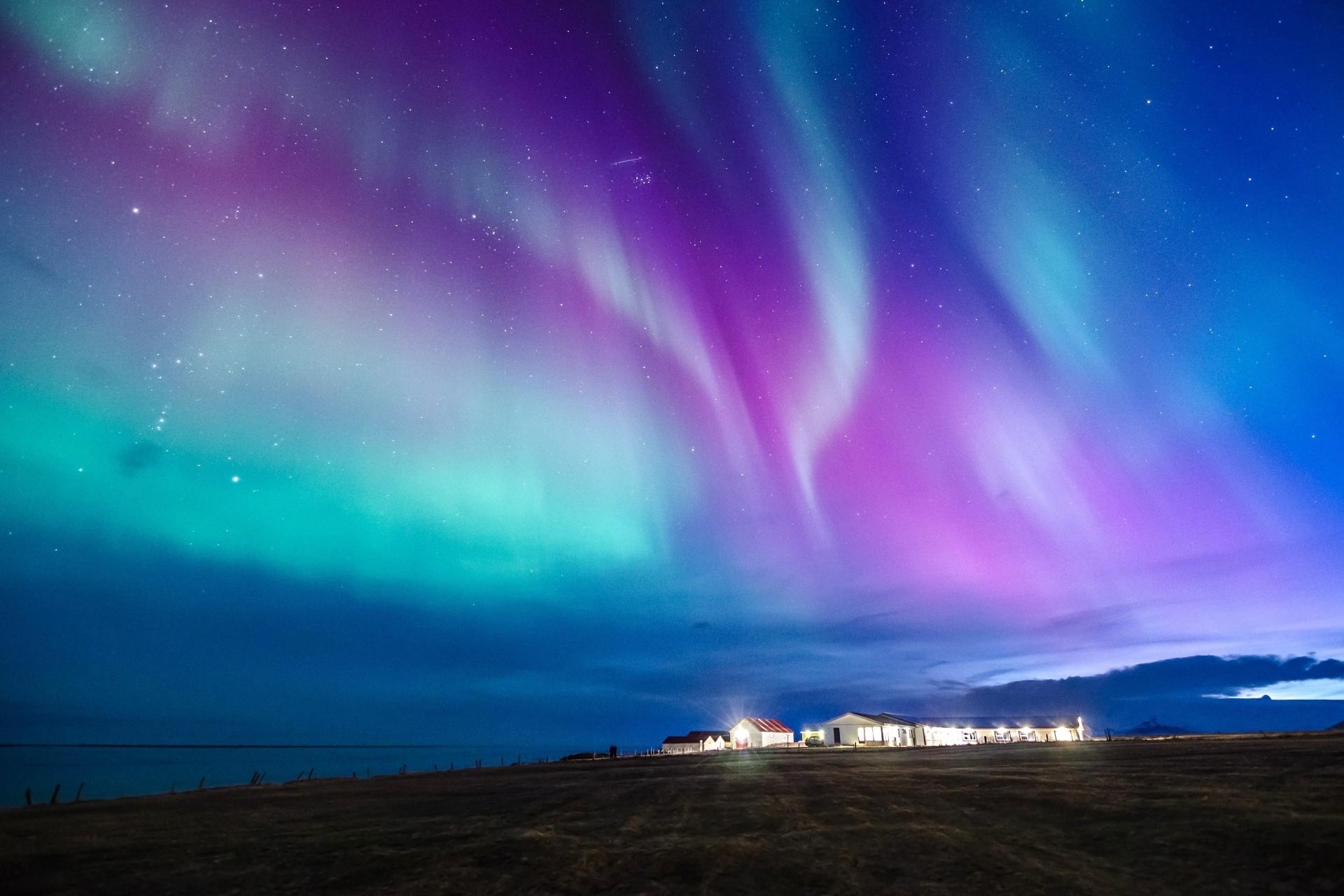 アイスランドのオーロラの風景