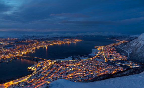 冬のトロムソの風景