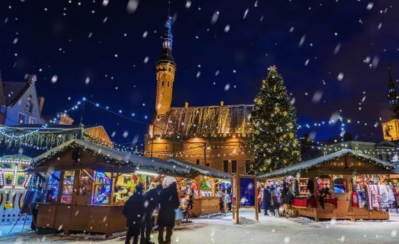 エストニア タリンのクリスマスマーケット エストニアの風景