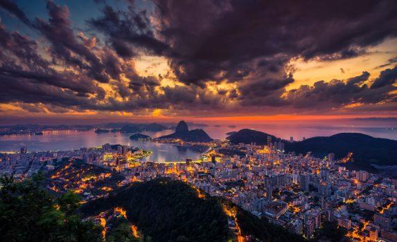 日の出のリオデジャネイロ ブラジルの風景