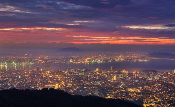 ペナン・ヒルから見る朝のペナンの風景 マレーシアの風景
