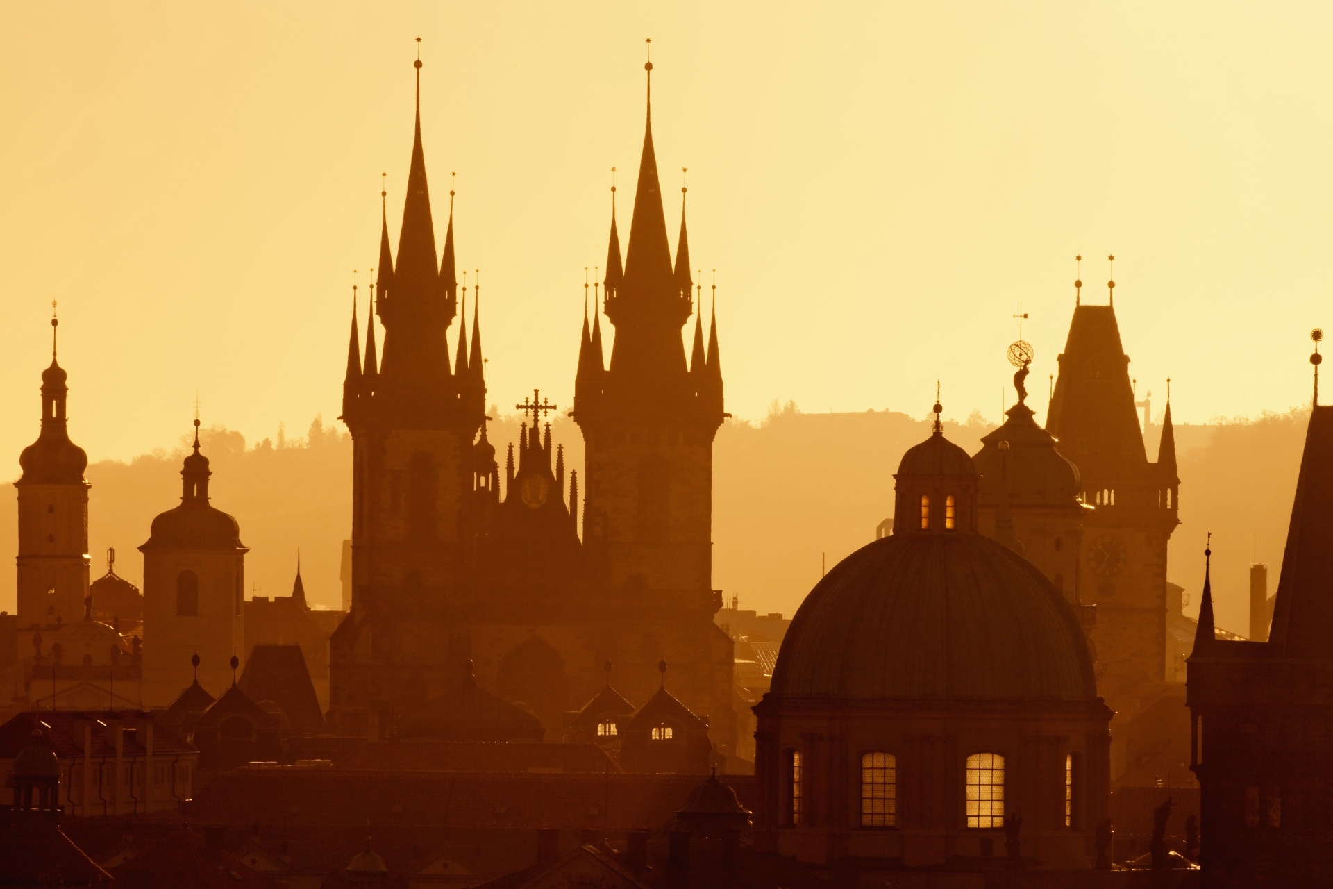 チェコ プラハの旧市街の朝の風景