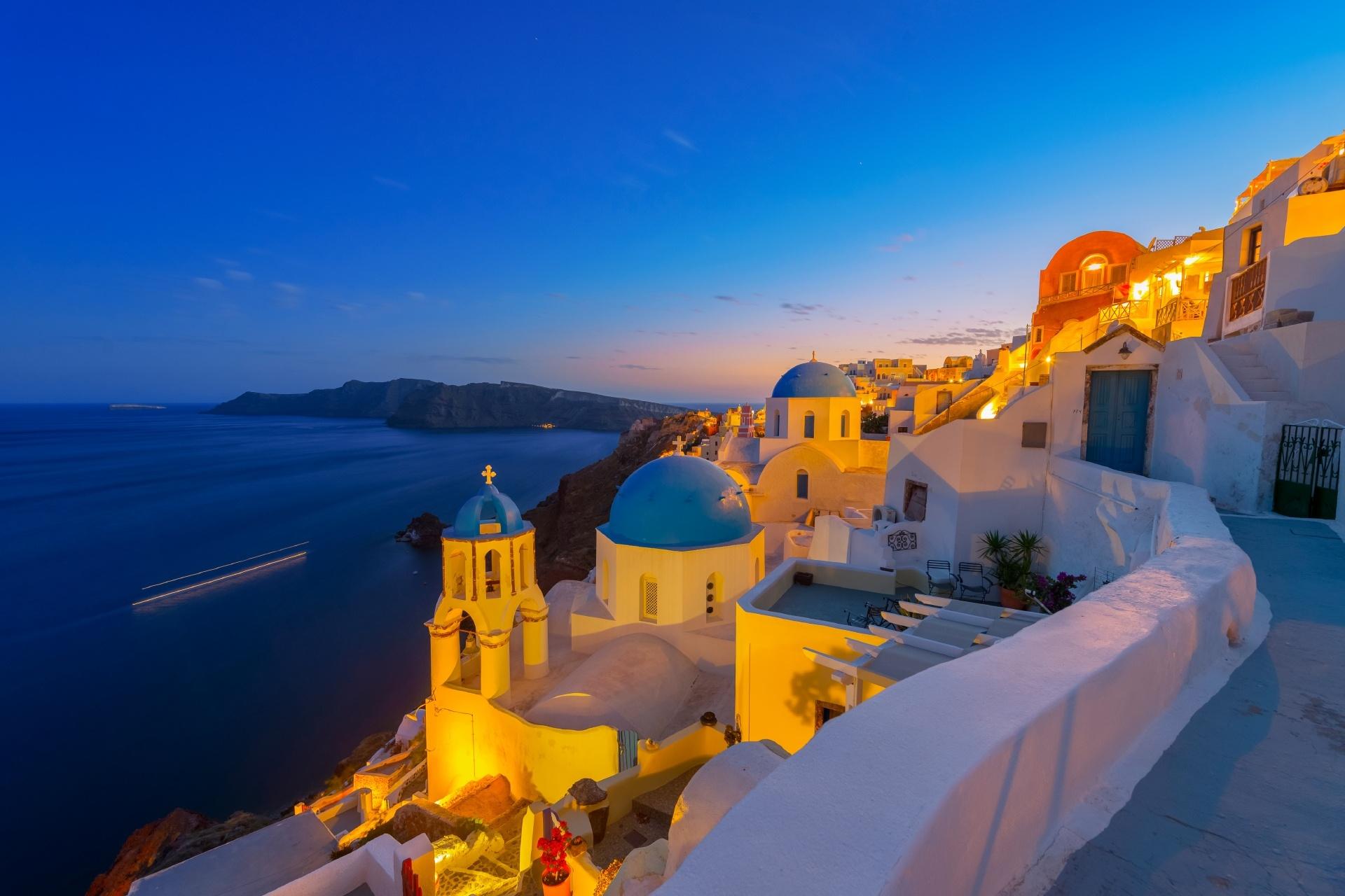 サントリーニ島の夜の風景 ギリシャの風景