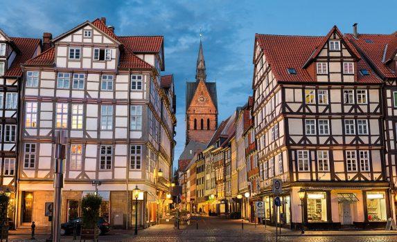 ドイツ ハノーファー マルクト教会と旧市街の町並み ドイツの風景