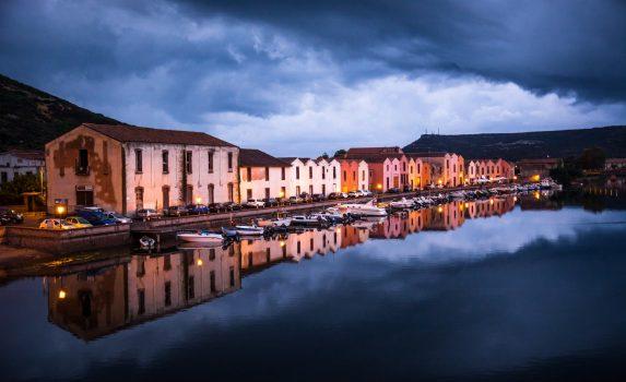 サルデーニャ島 ボーザの風景 イタリアの風景