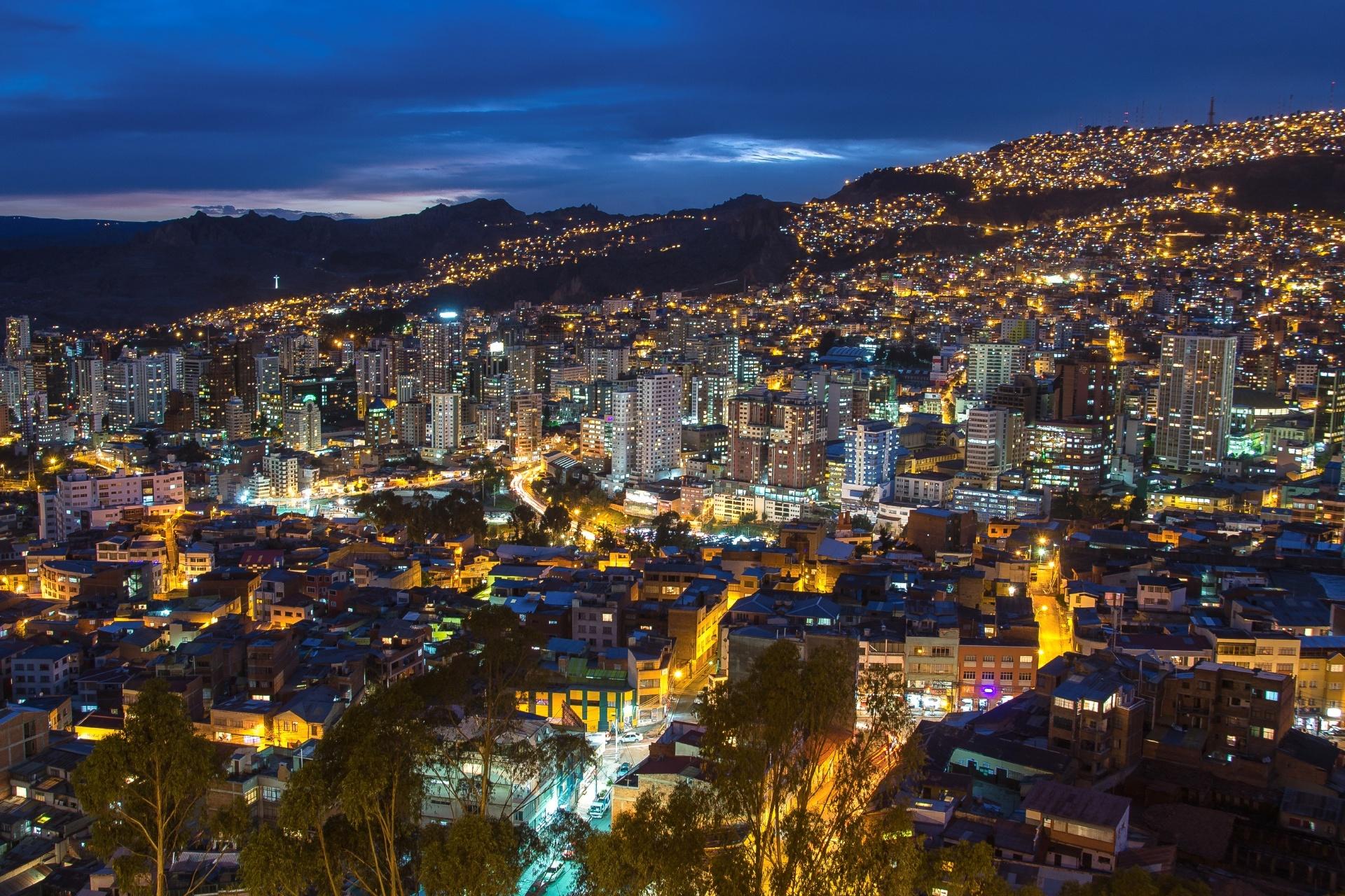 ラパスの夜景 ボリビアの風景