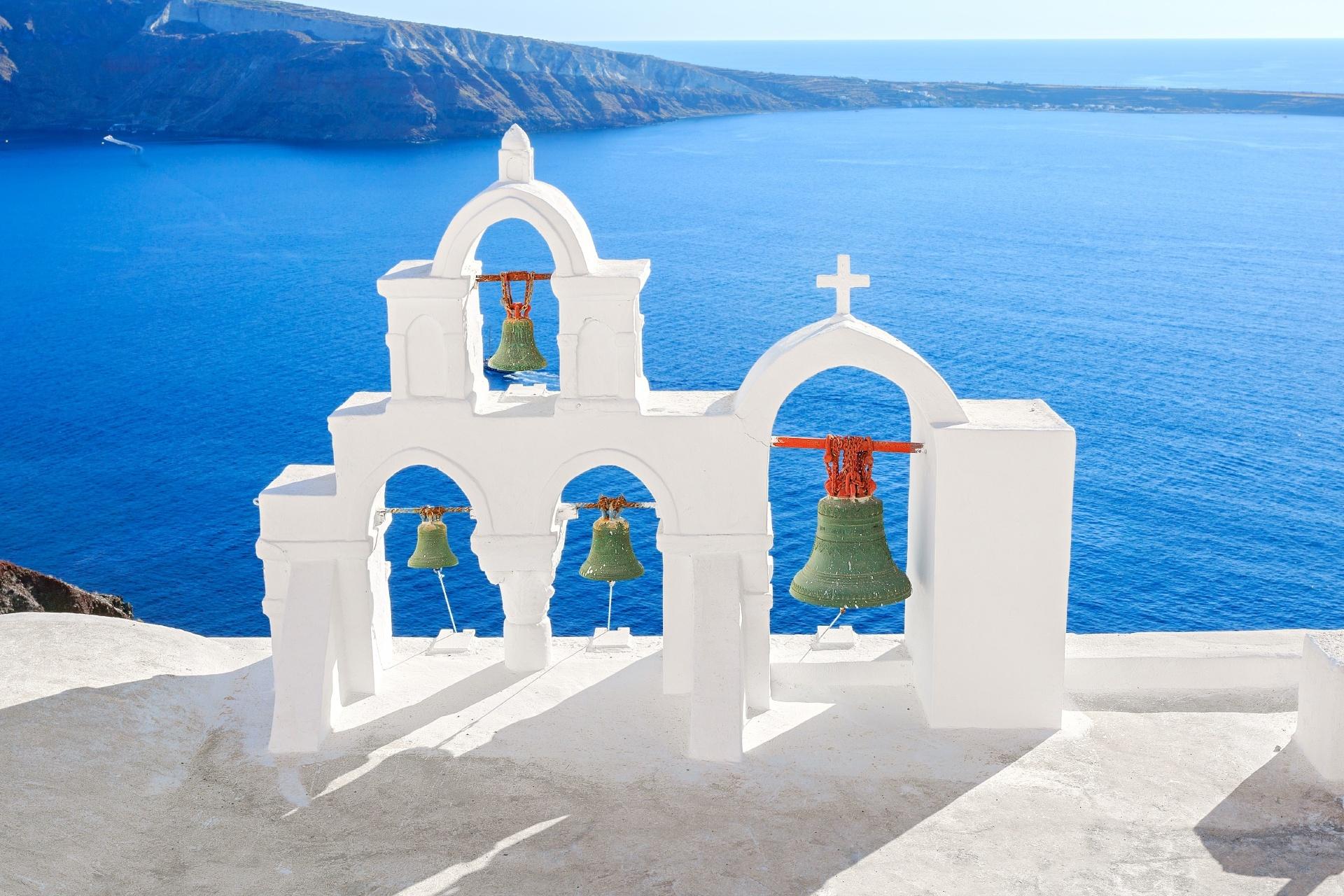 夏のサントリーニ島の風景 ギリシャの風景