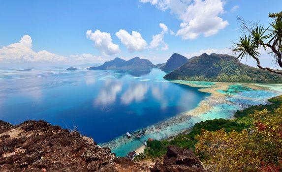 ボヘイ・ドゥラン島の風景 マレーシアの風景