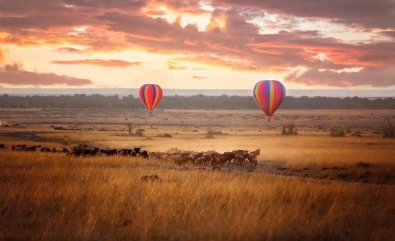 マサイマラの日の出の風景 ケニアの風景