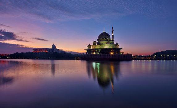 プトラ・モスクの朝の風景 マレーシアの風景