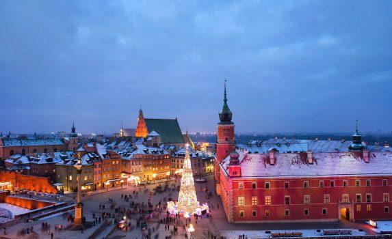 冬のワルシャワの夕暮れ クリスマスの風景 冬のポーランドの風景