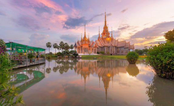 ワット・ノン・クン寺院 タイの風景