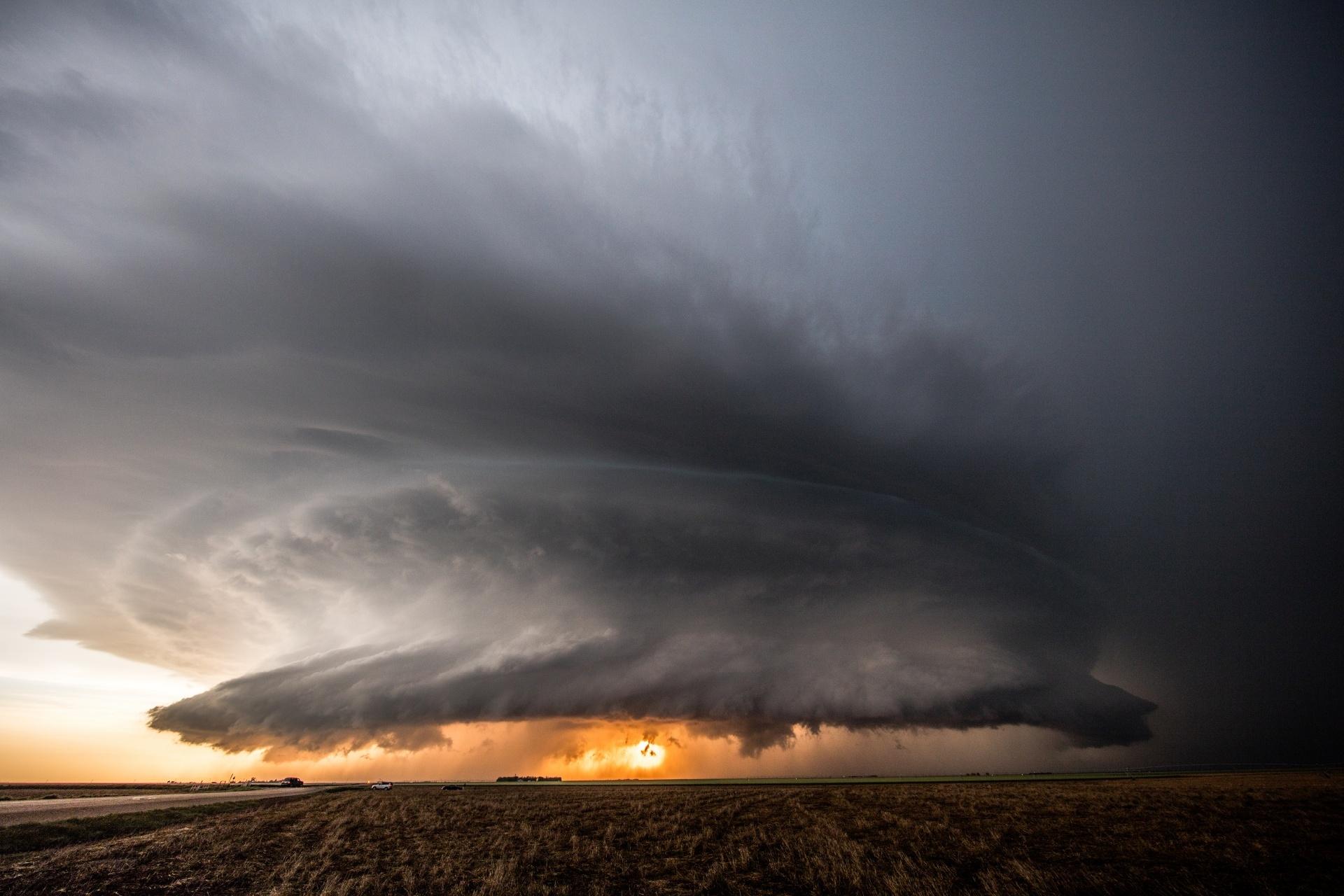 アメリカ カンザス州 嵐の風景