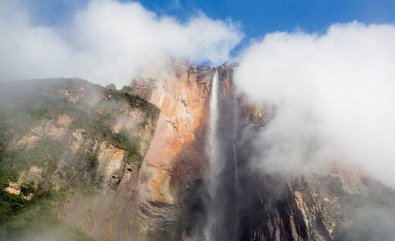 朝のエンジェルフォールズ ベネズエラの風景