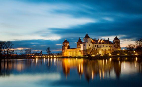 ベラルーシ共和国 ミール地方の城の風景 ベラルーシの風景