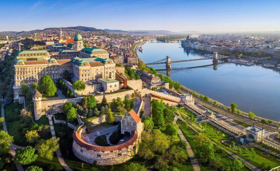 ブダペストの朝の風景 ハンガリーの風景