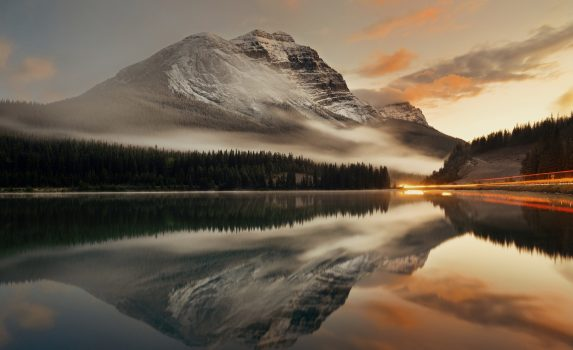 バンフ国立公園の夕日 カナダの風景