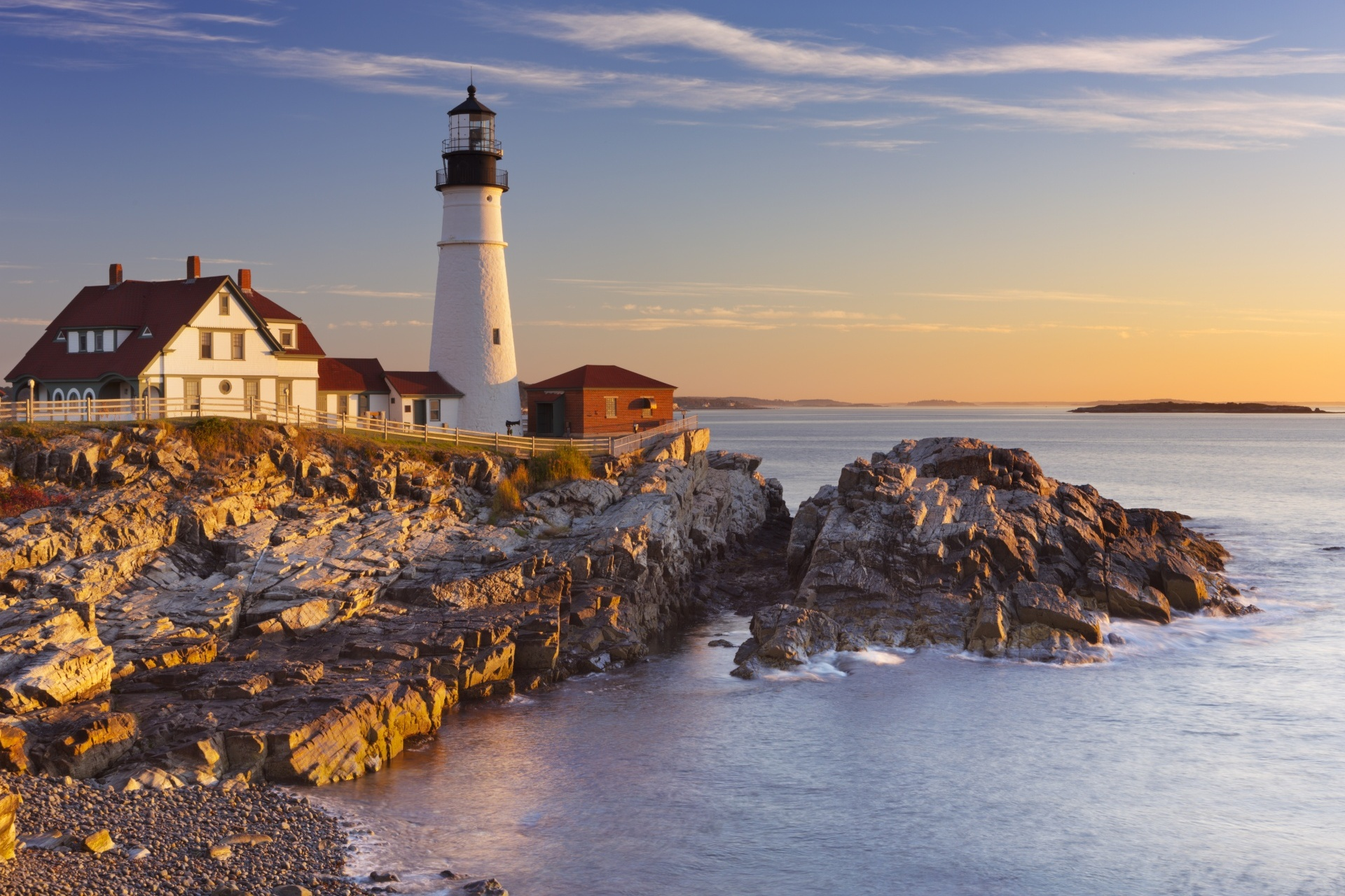 日の出のポートランド ヘッドライト灯台 アメリカの風景