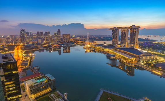 朝のシンガポールの風景 シンガポールの日の出風景