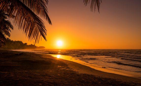 ジャクメル・ビーチの日の出 ハイチの朝の風景 ハイチの風景