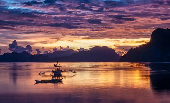 南国の夕暮れの風景 パラワン島 エルニド フィリピンの風景