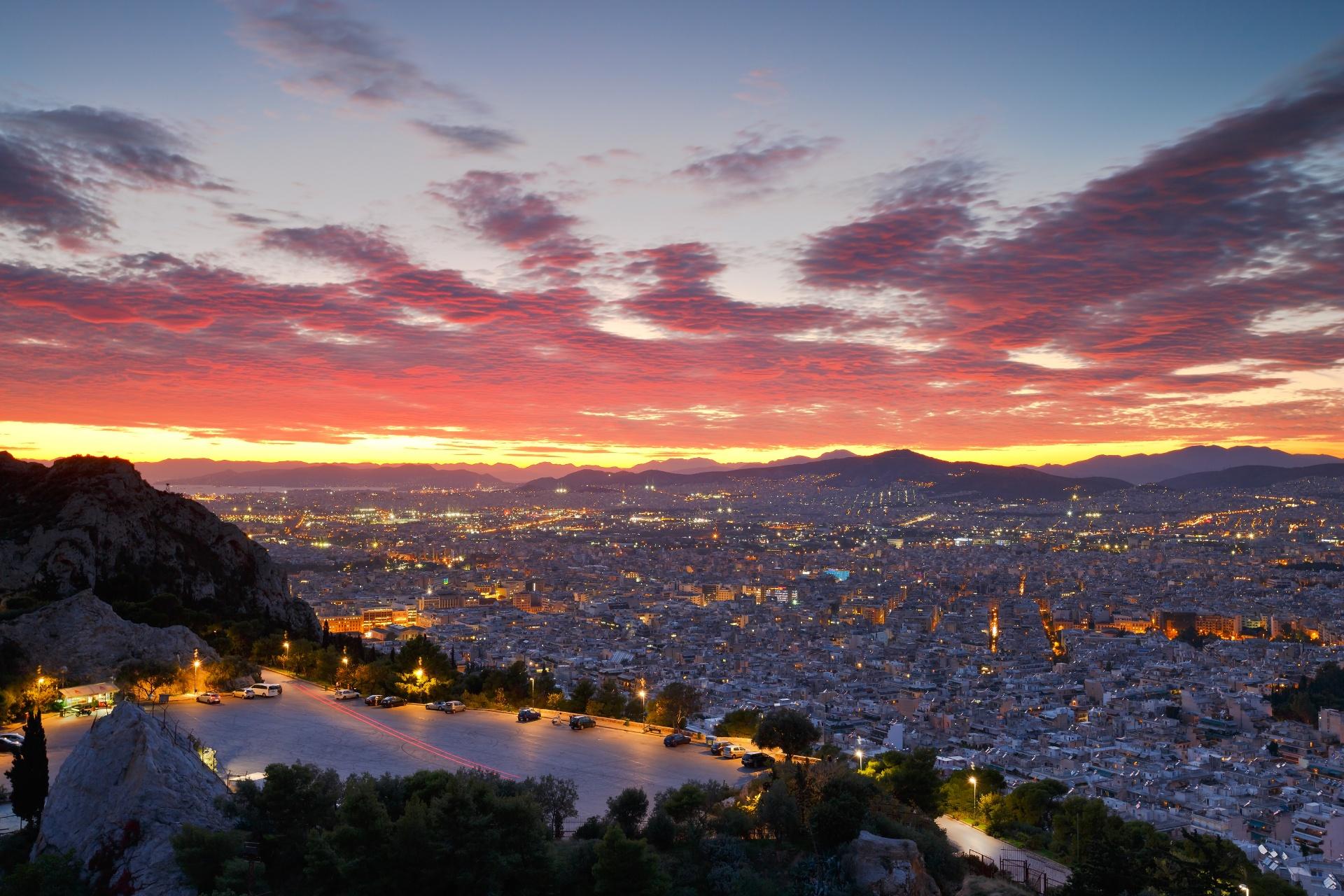 リカヴィトスの丘から見る夕暮れのアテネの風景 ギリシャの風景