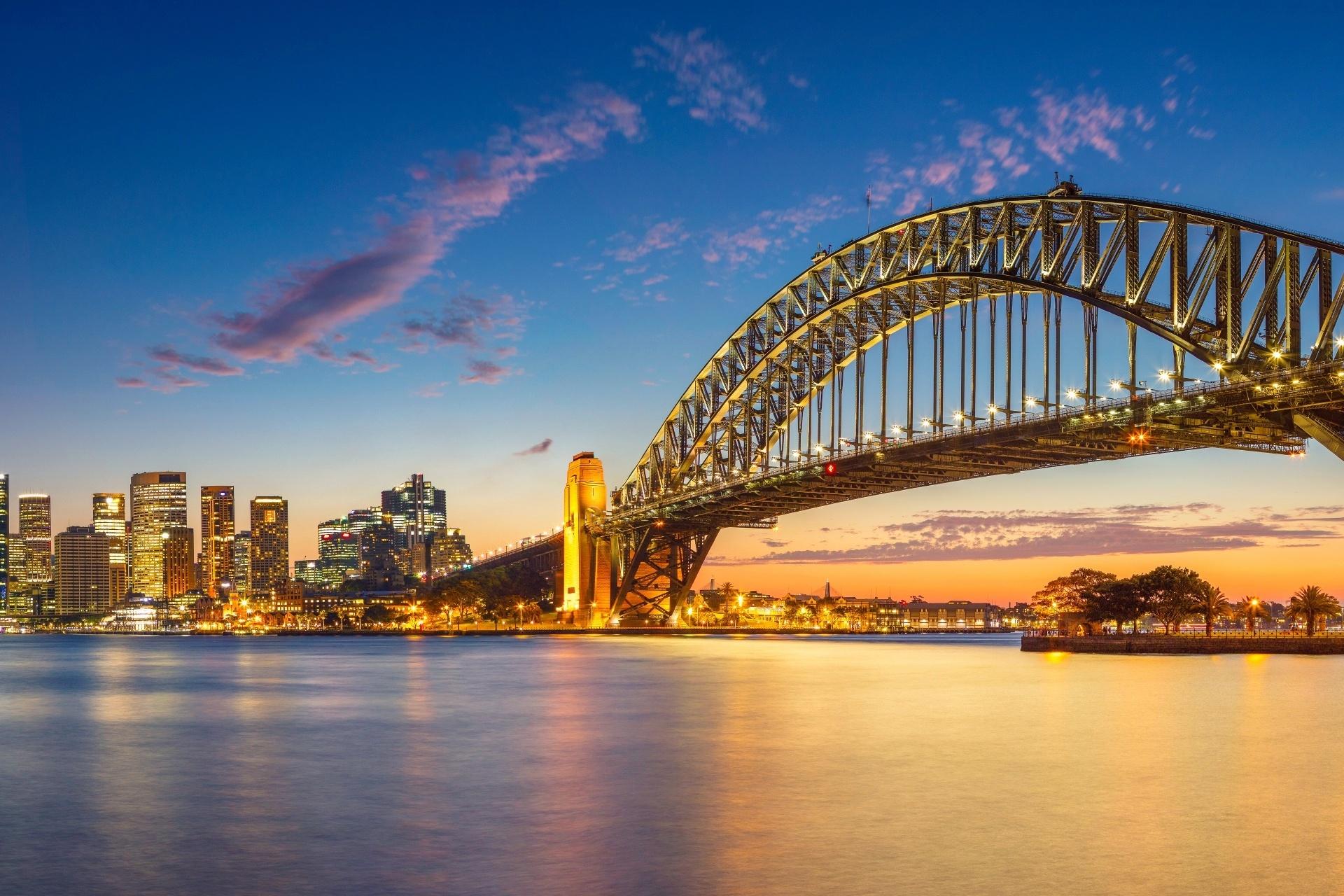 夕暮れのハーバーブリッジ シドニー オーストラリア