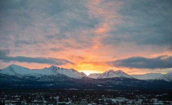 アンカレッジの朝の風景 アラスカの風景