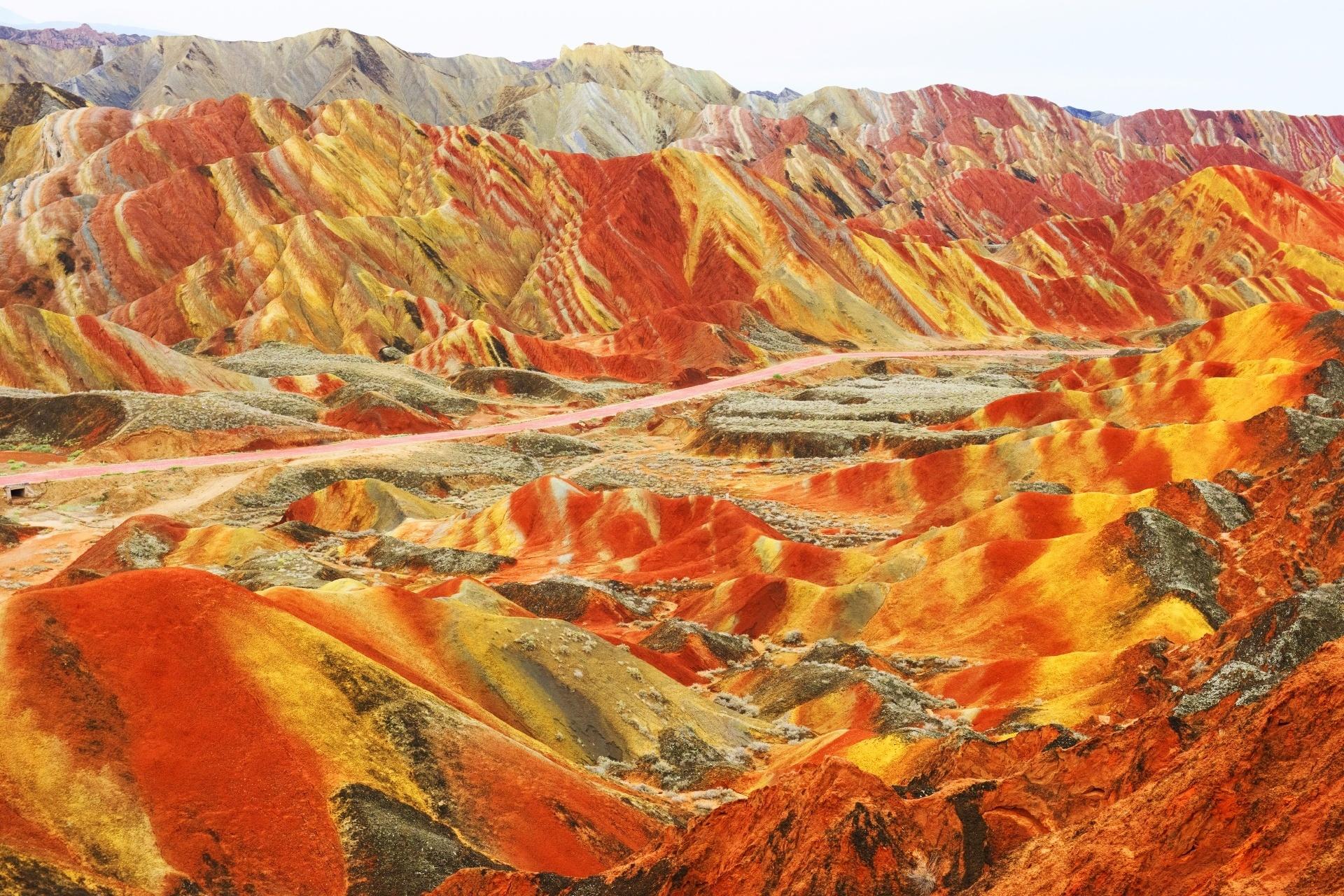 甘粛張掖国家地質公園のカラフルな岩の風景 中国の風景