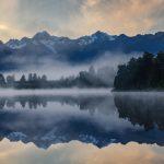 朝のマセソン湖 ニュージーランドの風景