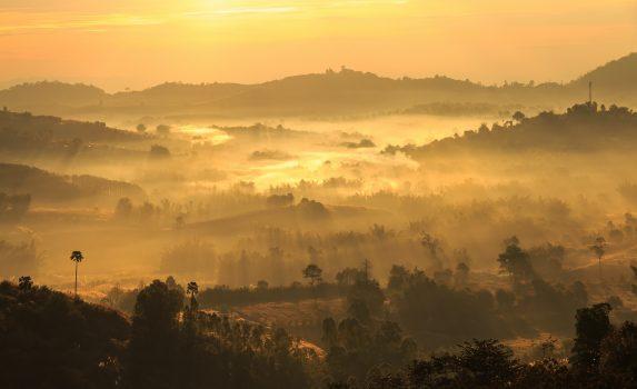 トゥン・サレーン・ルアン国立公園の朝の風景 タイの風景