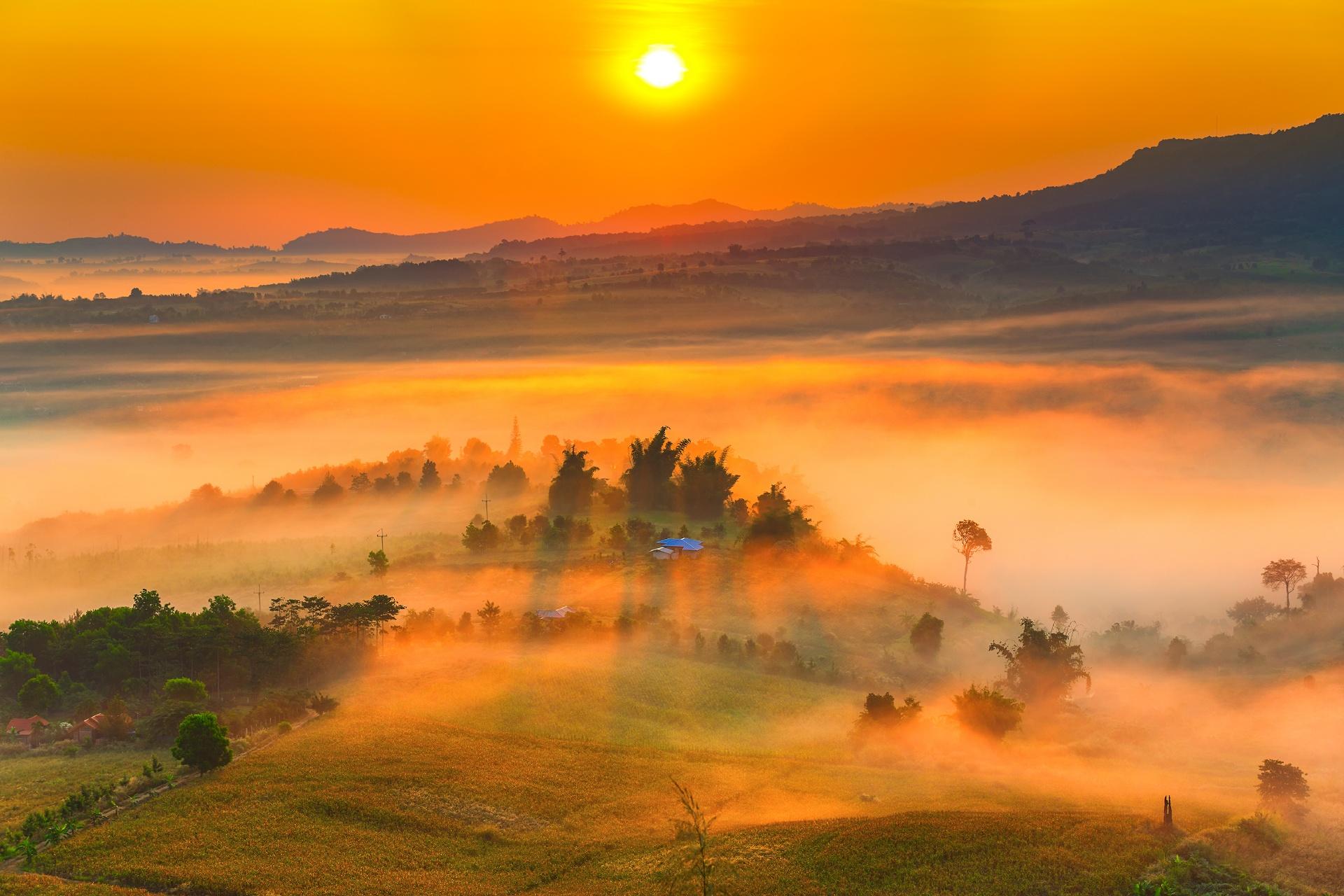 ペッチャブーン カオコーの朝の風景 タイの風景