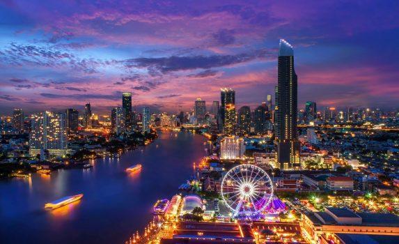 夕暮れのバンコクの街並み バンコクの風景