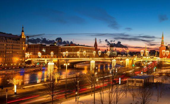 モスクワの冬の夜の風景 ロシアの風景