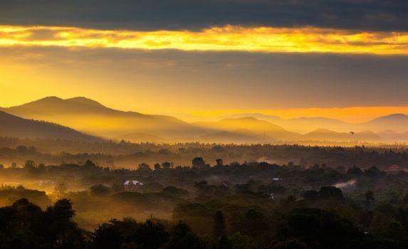 チェンマイの朝焼け タイの風景