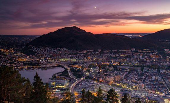 ベルゲンの夕暮れの風景 ノルウェーの風景