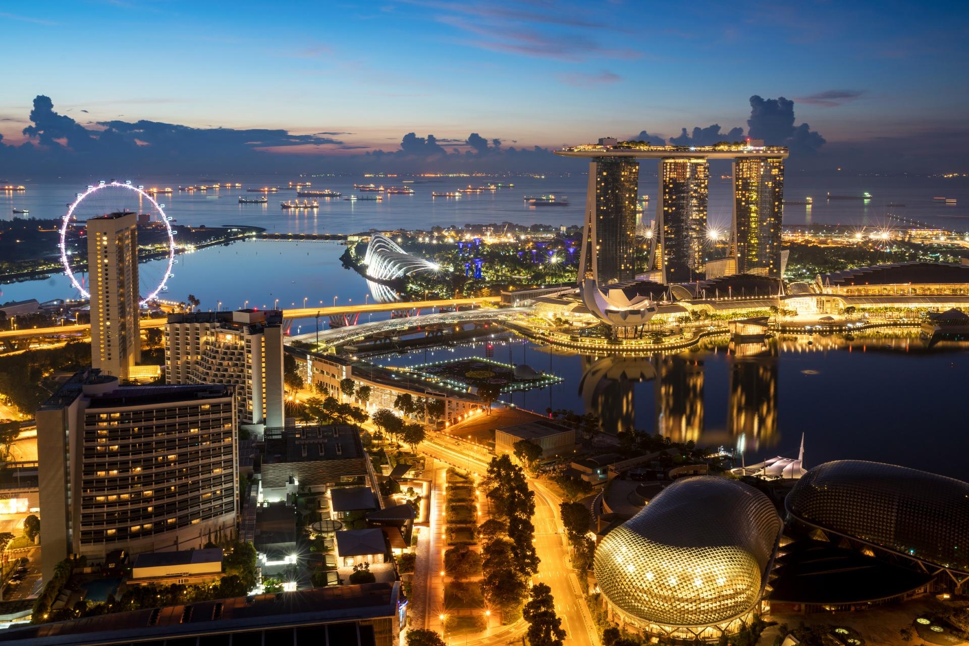 トワイライトタイムのマリーナベイの風景 シンガポールの風景
