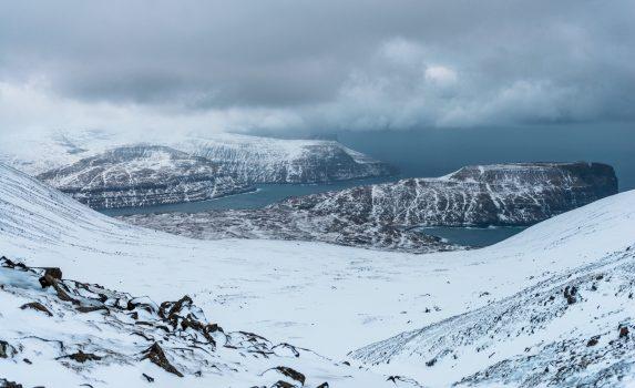 冬のフェロー諸島の風景
