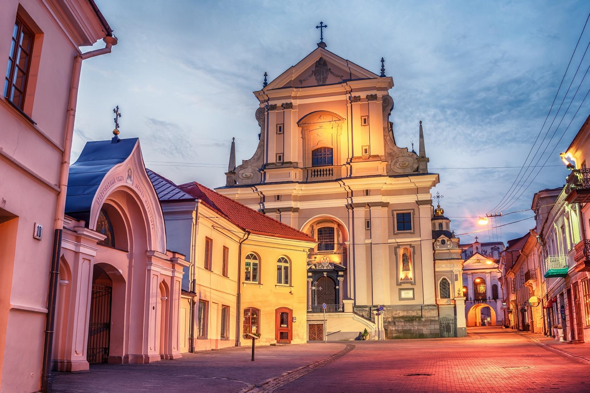 リトアニア 朝のヴィリニュスの旧市街の風景