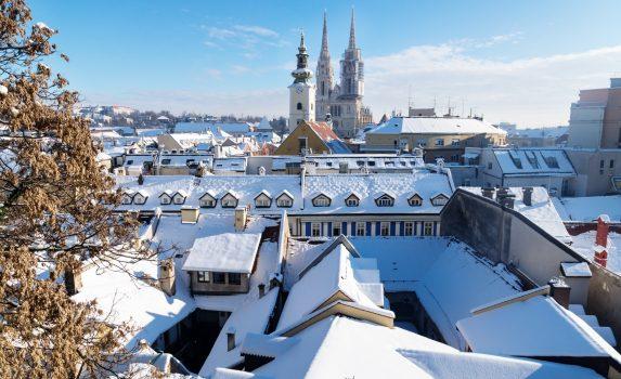 ザグレブ 冬の晴れた日の風景 クロアチアの風景