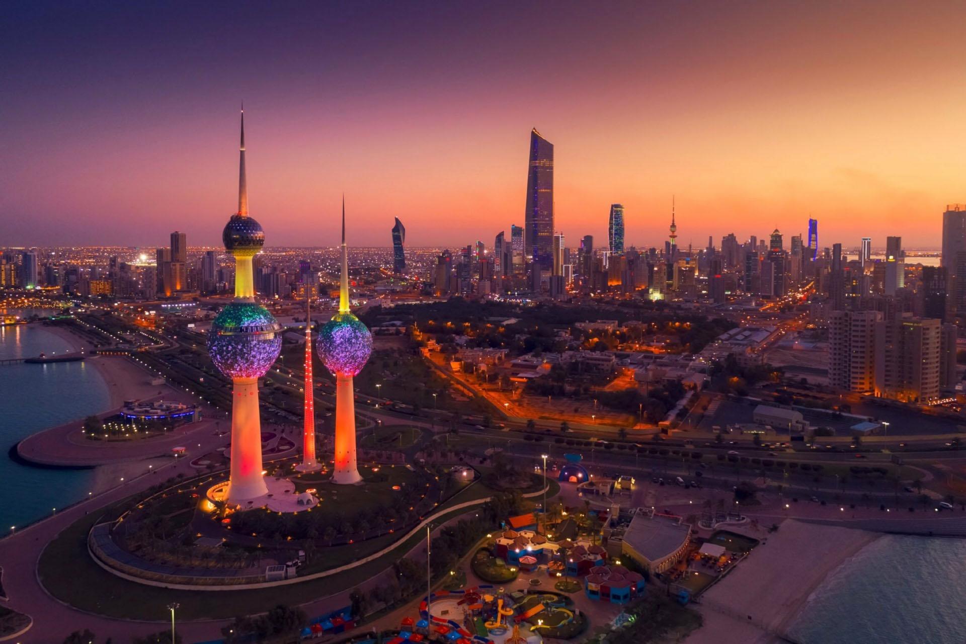 夜のクウェートの風景 クウェートの夜景