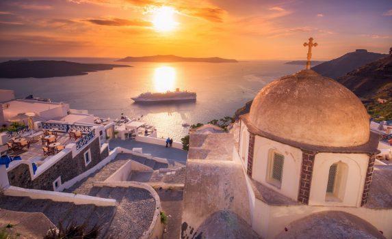 サントリーニ島 夕暮れのフィラの町並み ギリシャの風景