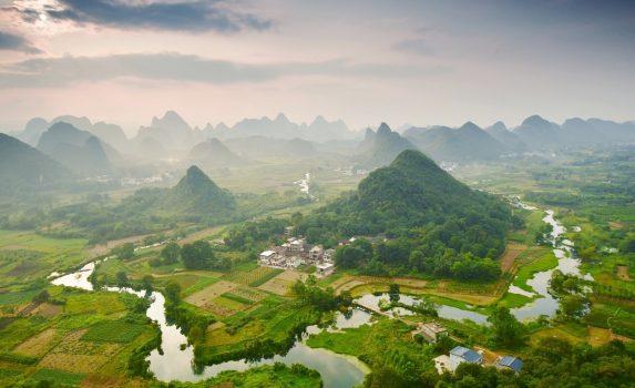 桂林の風景 中国の風景 漓江とタワーカルスト