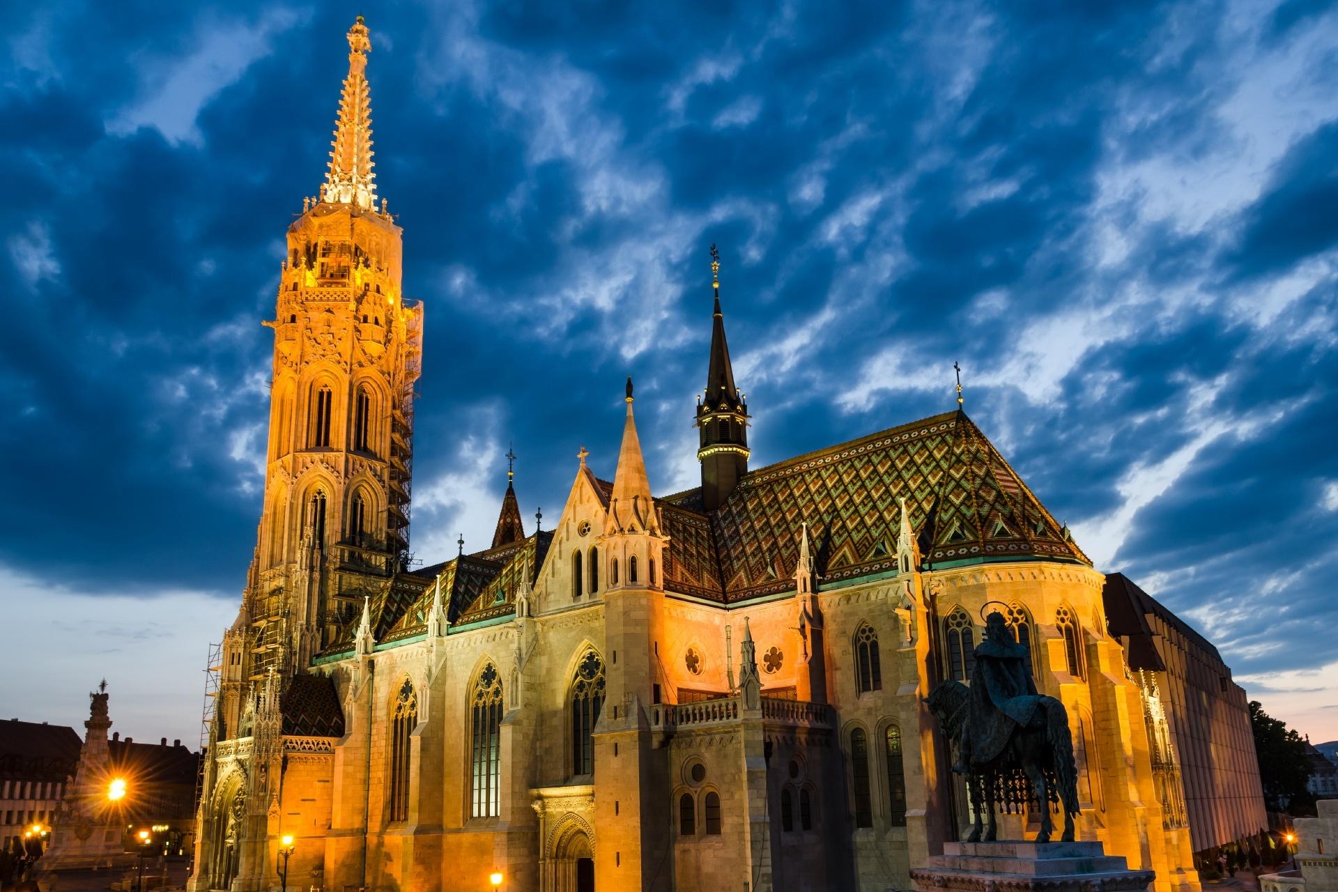 マーチャーシュ聖堂 ハンガリーの風景