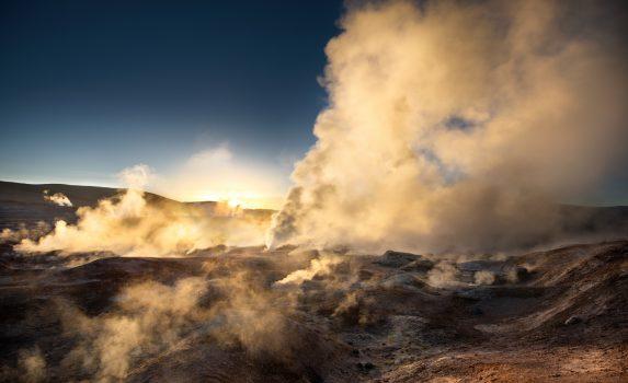 ソル・デ・マニャーナの朝の風景 ボリビアの風景