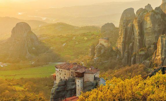 メテオラの風景 ギリシャの風景