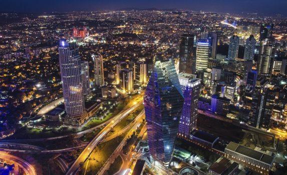 夜のイスタンブールの風景 トルコの風景